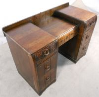 Solid Oak Kneehole Dressing Chest
